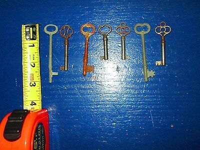Lot of 7 skeleton antique church keys steampunk jewelery Clover Bow