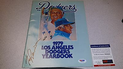 Tommy Lasorda Hof Authentic Signed Autographed Dodgers Yearbook Program Psa Coa