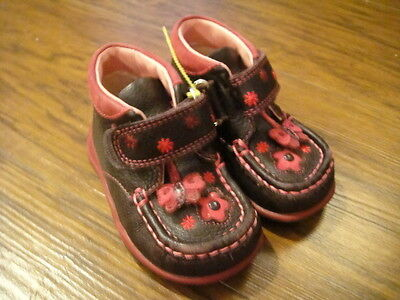 Clarks Toddler Girls 4 Brown Pink Leather Boots Shoes  Floral Butterfly