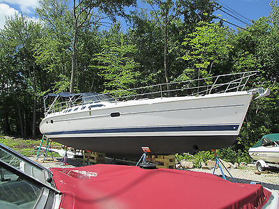 2001 HUNTER 460 ONE OWNER, SUPER CLEAN, WELL MAINTAINED , LIKE NEW COND.