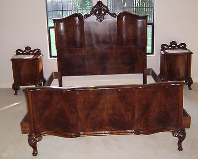 1920s Italian Hand Carved Burled Walnut 6pc Bedroom Set