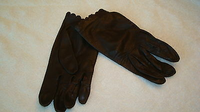 Womens Miss Aris Brown Leather Scalloped top Gloves-7