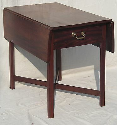 Fine Chippendale 18Th Ct Connecticut River Valley Pembroke Table Mahogany X Base