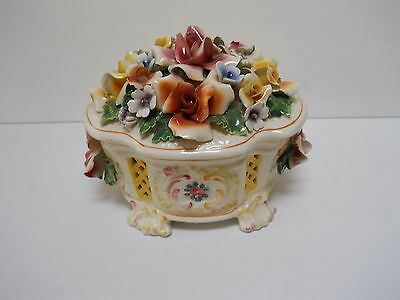 VTG Capodimonte Potpourri Floral Covered Jar Bowl Box ITALIAN POTTERY figurine