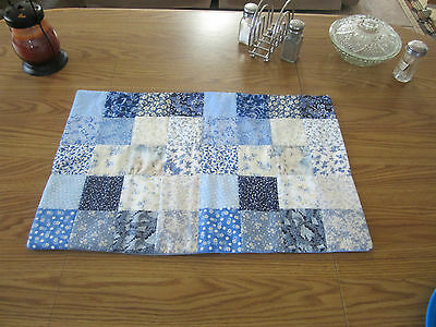 HANDMADE BLUE CALICO FLORAL PRINT QUILTED TABLE RUNNER  4X4 BLOCKS