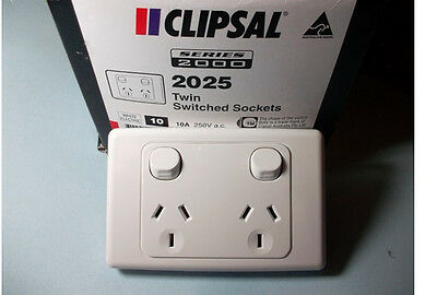 10 x Clipsal 2025 Double Power Point 10A GPO, Twin Switched Sockets White