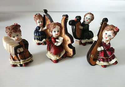 "Figurines en résine Vintage/Lot de 5 fillettes musiciennes ""AFIBEL""-  BON ETAT"