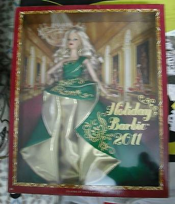 barbie collector holliday 2011