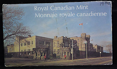 Canada 1975 Mint Set in Original Envelope