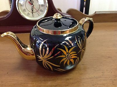 Lovely Vintage Redware Teapot Made In England