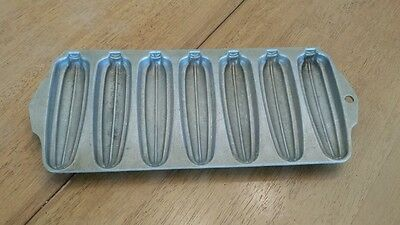 WearEver Cast Aluminum 2797 Corn Bread Fritter Baking Pan Pone Stick Mold