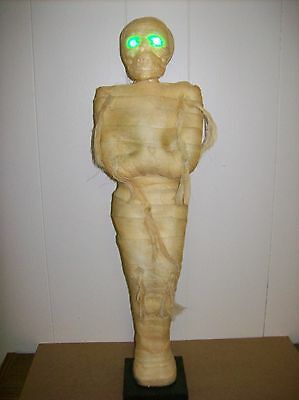 "22"" Standing Mummy - Eyes Light Up (Blinking Green)"