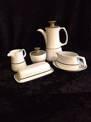 Mayflower by Grindley Serving DIshes - 8 pcs