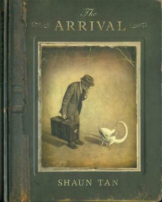 The Arrival by Shaun Tan Paperback Book Free Shipping!
