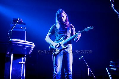 David Gilmour PINK FLOYD 20x30 inch Poster Photo Live 1975 Concert Pro Print 78