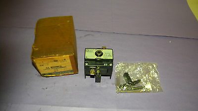 Square D 8501XL Relay Latch Attachment Series A 110/120Volt 50/60HZ