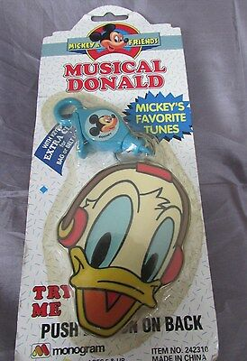DISNEY MICKEY AND FRIENDS MUSICAL DONALD (Donald Duck) KEY CHAIN 2 1/2 X 5 1/2""