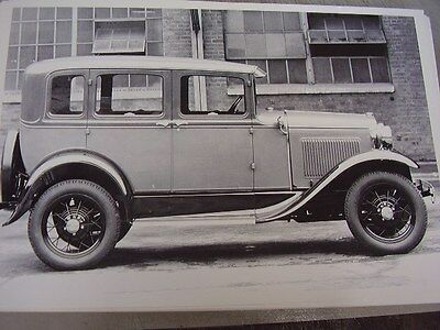 1930 1931 FORD MODEL A 4DR SEDAN SIDE VIEW   12 X 18  PHOTO  PICTURE