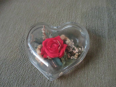 @@VINTAGE Glass FREEZE DRIED ROSE Flower PAPERWEIGHT Natural Expressions HEART
