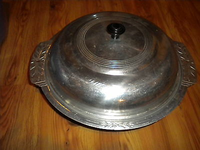 NICE VINTAGE  ALUMINUM TIN CASSEROLE/SERVING DISH WITH LID