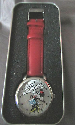 Se Minnie Mouse Miss Fabulous  Silver Red Leather Band Watch Nib