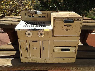 Vintage EMPIRE ELECTRIC KIDS STOVE  Must See!!
