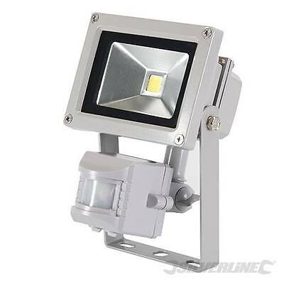 Silverline Aluminum LED Floodlight 10W Outdoor Lighting Security Flood