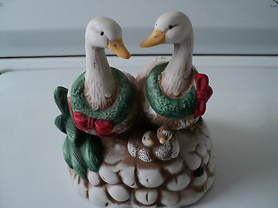 Christmas goose geese family porcelain windup music box Deck the halls