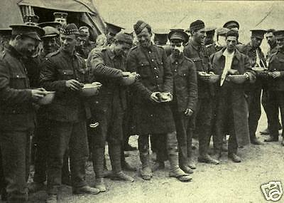 """British Army Soldiers Feeding Pigeons In Venice World War 1 6x4/"""" reprint photo"""