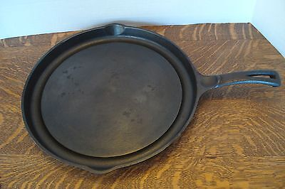 Vintage Antique Cast Iron Wagner Ware Fat Free Fryer #1102A skillet Circa 1940's