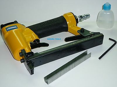 AIR STAPLE GUN WITH 5000pcs X 13 mm LONG STAPLES.- NEW IN BOX.