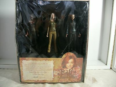 3 Buffy the Vampire Slayer Action Figures WILLOW'S SPELL BOOK Limited Ed. MISB