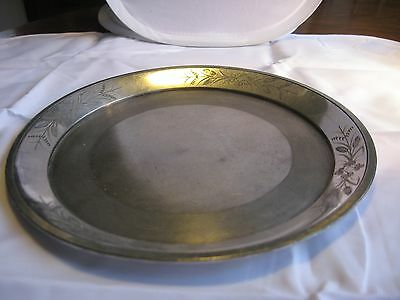 """Silver Plate-10"""" Plate-Meriden Company-29-Etched Clover Trim-Old"""