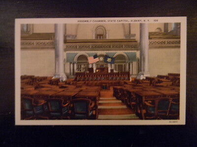 Unused . Linen Postcard . Albany, NY .Assembly Chamber, State Capitol  .  109
