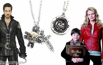 Once Upon A Time Lot 2 pendentifs emma et capitaine crochet OUAT pendant lot