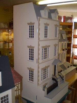 1/12th scale Georgian  Dolls House -  The Laurels