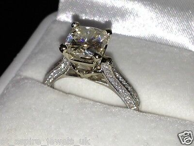 2.3Ct Round Brilliant Cut Diamond Solitaire Engagement Ring Solid 14K White Gold