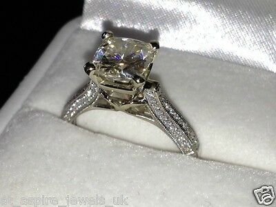 2.3Ct Round Brilliant Cut Solitaire Engagement Ring Solid 14Ct White Gold