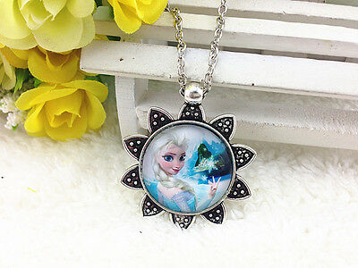 NEW FROZEN PENDANT Silver Plated CHAIN NECKLACE ROYAL PRINCESS Anna & Elsa #171
