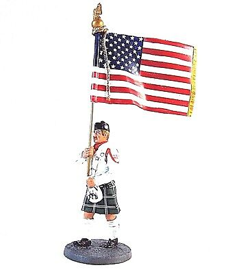 American Fireman With Flag Stars And Stripes 2003 ,1/32 Edicola Figures , New