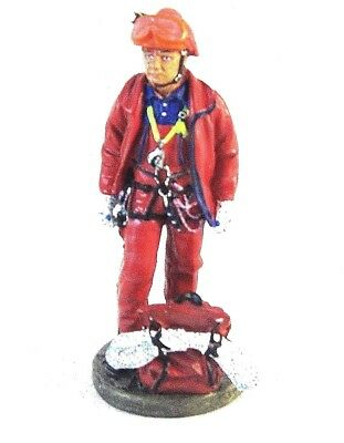 French Fireman 2002 ,1/32 Edicola Figures ,hand Painted,delprado,collectible,new