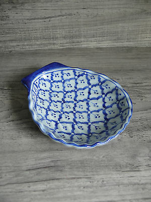 Blue & White Handpainted Porcelain Shell Shaped Dish Food Safe Useful Size Nice!
