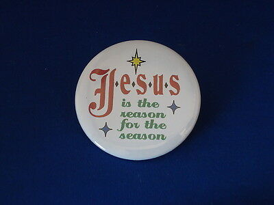 """""""JESUS IS THE REASON FOR THE SEASON"""" Lot of 5 BUTTONS Christmas pins 2 1/4"""" XMAS"""