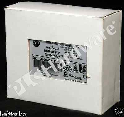 New Allen-Bradley 440R-C23139 /B Safety Relay 3 N.O. Safe Outputs 2 N.C. Qty
