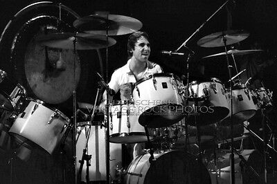 Keith Moon Photo The WHO 8x12 or 8x10 inch '75 Live Concert Kansas City MO 3b