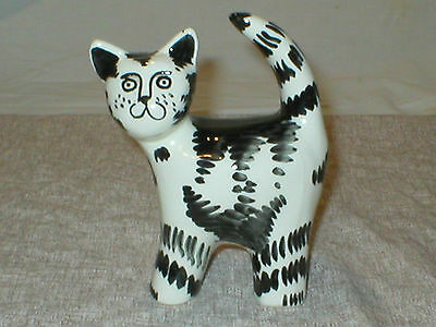 STRIPED CAT FIGURINE / HAND PAINTED / UNKNOWN MFG