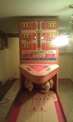 1950's - 1960's  United  Shuffle Alley Bowling Game Machine