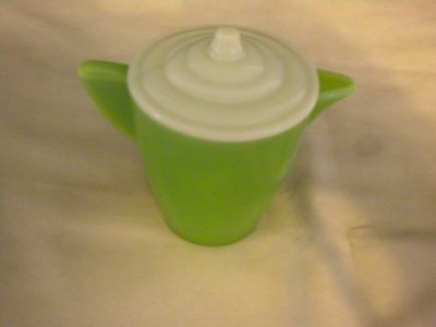 VINTAGE CHILD'S CREAMER PITCHER W/LID AKRO AGATE/JADITE GREEN