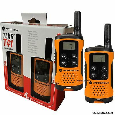 Motorola TLKR T41 2 Way Walkie Talkie Gift Set PMR 446 Radio Kit - Orange 2 Pack