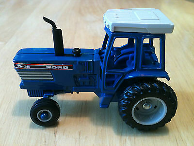 "ERTL FORD TW-35 TRACTOR WITH CAB DIE CAST 2 3/4"" LONG 1:64 LOOSE"